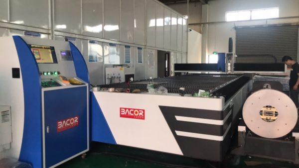 Máy cắt Laser Fiber cắt tấm kết hợp cắt ống