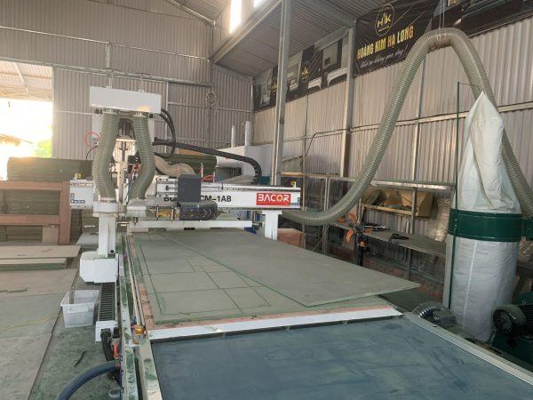 Máy gia công trung tâm gỗ CNC0